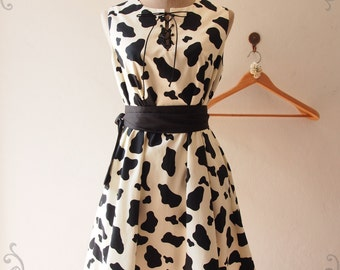MOO - Vintage Inspired Summer Dress, Cute Cow Print Dress, Loose Dress, Tea Party Dress, Pockets Dress, Sash Included, XS-XL, Custom