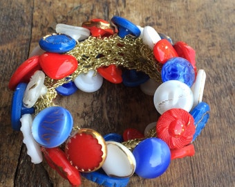 Vintage 1970's red white & blue glass buttons Stretch BRACELET