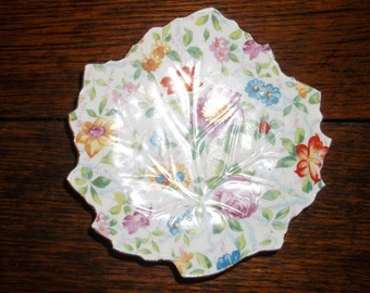 """Small Vintage Japanese Candy Dish Made in """"Occupied Japan"""" Embossed in a leaf pattern"""