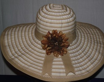 Sun hat Tan & white striped fabric wide brim casual hat for summmer