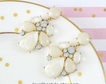 Ivory Stone  Chandelier Earrings, Bridal Ivory Earrings, Bridesmaid  Earrings, Bridal Shower Gift, Ivory Earrings