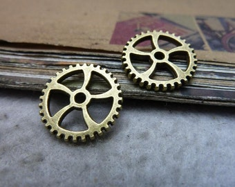 30pcs 18mm antique bronze gear charms pendant C7638