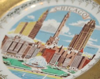Vintage CHICAGO Souvenir Collector Plate Kitsch Wall Hanging for your Gallery Wall Collage 22K Gold embellished Housewarming Christmas Gift