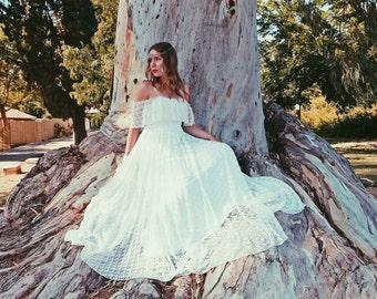 Bohemian Wedding Dress Simple Lace Wedding Dress Hippie Wedding Dress 70s Wedding Dress Vintage Wedding Dress Boho Wedding Dress