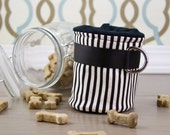 Jail Bird Treat Pouch