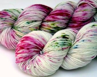 "Speckle Dyed Sock Yarn, Superwash Merino, Nylon and Stellina, in ""Daisy"""