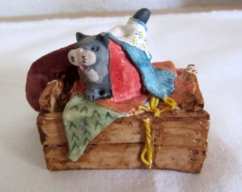 Peter Fagan Cat Figurine Hand Made and Painted - Scotland - Vintage Cat Collectible Cat 1983