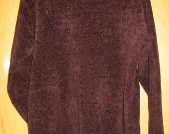 vintage burgundy velour 'Jones New York' tunic top/sweater . . .  womens size large . . . like new condition