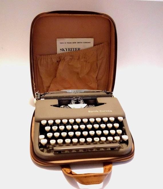 Smith Corona Skyriter Typewriter Vinyl Carry Case By