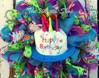 Happy Birthday Wreath with Hat