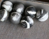 Zebra Stone 30mm Sphere S105