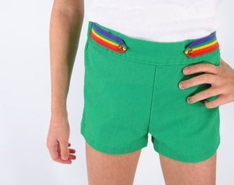 70s Girl's Kelly Green Hi-Waist Shorts With Rainbow Detail - 6X