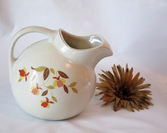 Hall Jewel Tea Ball Autumn Leaf Pitcher with Ice Lip Great Condition