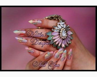 Hand-Painted Pastel Stained-Glass Gel Artificial Nail Art