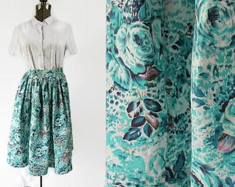 40s 50s Rockabilly Swing Floral Skirt Large Button Closure