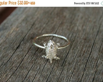 SALE SALE SALE Sterling Silver Horned Toad Ring