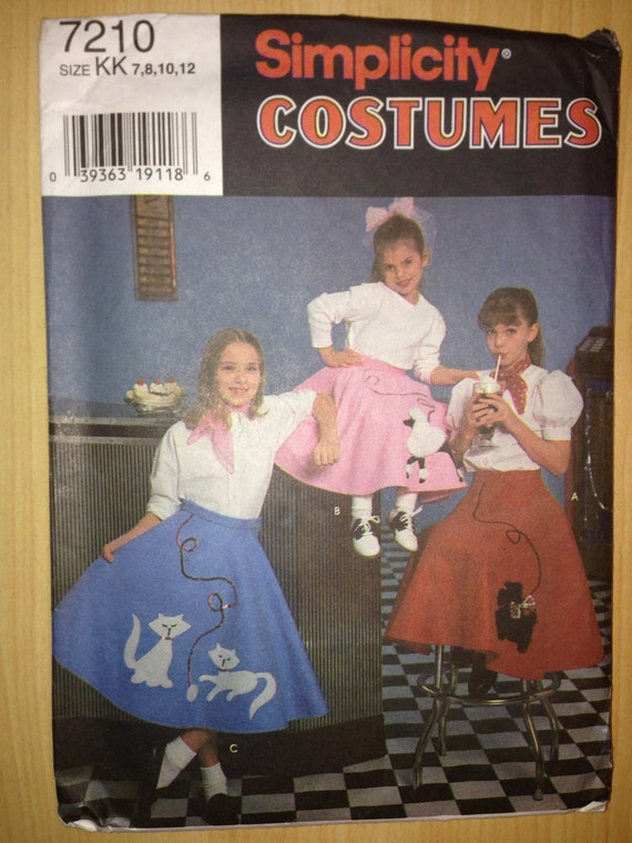 Simplicity Sewing Pattern Child's and Girl's Circle Skirt and Applique 50s Sock Hop Poodle Skirt Costume Size 7-12