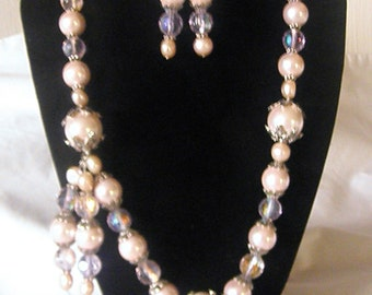 Glamorous Pink Shell Pearl Necklace And Earring Set