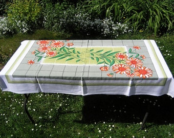 Vintage Red Orange Daisy Tablecloth, Large Retro Floral Tablecloth, Vintage Cotton Tablecloth Greens with Daisies on White