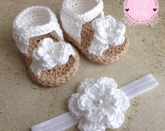 Baby Girl Sandals and Headband set, White Baby Girl Booties with White Flower Headband, Crochet Baby Girl Sandals, Crochet Baby girl shoes