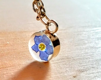 Forget Me Not Flower necklace  -blue  Flower  Jewelry-  Pendant Pressed Flower Terrarium Spring Natural Woodland Jewelry