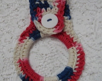 Towel ring holder with button closure Patriotic Towel Topper Hanger