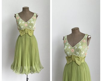 60s Beaded Fit and Flare Party Dress • 1960s Green Formal Sleeveless Cocktail Dress • Prom Dress • Small