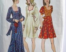 1970s Gunne Sax Style Dress . Vintage 70s Boho Hippie Short or Long Maxi Dress . RARE 1972 Simplicity Pattern 5347 . Bust 33