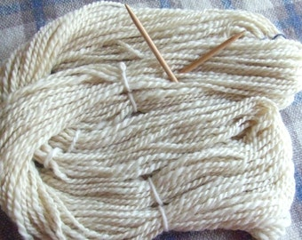Hand Spun Local Long Wool Blend 2-PLY Yarn, creamy white, 3.92 ozs (112 gms), Super Bulky weight, natural, un-dyed, free postage!