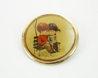70s Folk Art Brooch - Boy and Girl