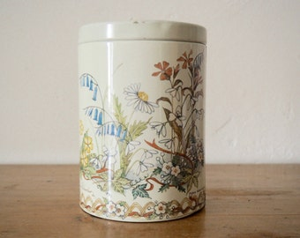 Vintage Tin - Biscuit Tin - Vintage Storage Tin