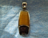 Vintage Silver Pendant with Tigers Eye and Black Onyx, Stamped 925 (Sterling Silver) MT, Nice Condition