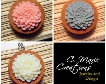 Wooden Flower Pendants - 3 Colors Available