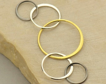 Mixed Metal Five Circle Link
