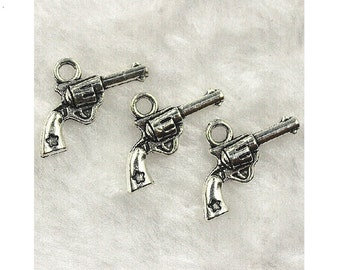 8 Pistol Charms Guns with Star Silver Tone 18x13 mm