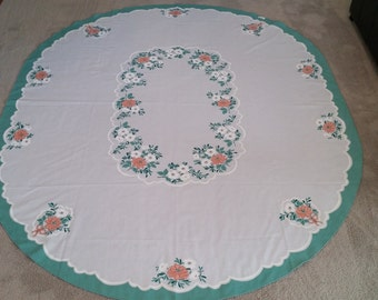 Vintage Floral Print Tablecloth 70 inches wide by 86 inches long OVAL