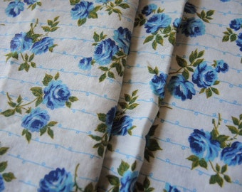 Vintage 1950s cotton fabric blue roses flowers floral 36 inches wide
