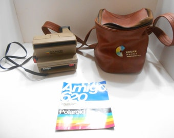 Vintage Polaroid 600 Land Camera Amigo 620, Case & Instruction Booklet (16)