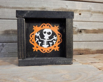 Skeleton Mini Halloween Sign ... Halloween Decor