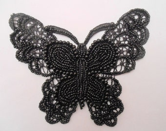 Black Butterfly with small beads of 14 x 12 cm