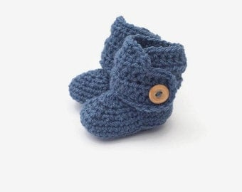 crochet baby booties, blue baby bootees, baby shoes, denim blue baby button boots