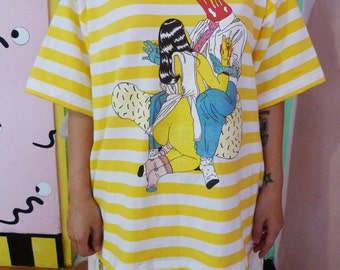 家庭主婦 housewife yellow tshirt