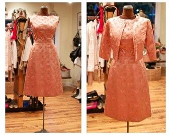 1950s Satin Summer Party Dress Peach Rose Print Party Dress with Bolero Silk Wiggle Dress Vintage Midi Cocktail Dress Wedding Guest Dress