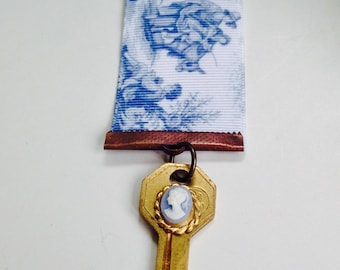 Steam Punk Medal, Men's Steam Punk Accessories, Unisex Steampunk, Blue Cameo Medal,Toile Ribbon Medal, Key Medal, Steampunk Key
