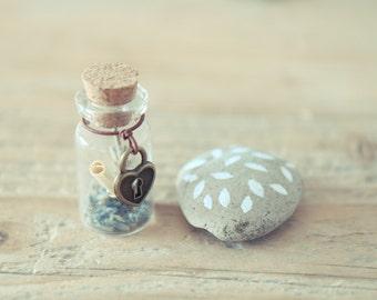 Tiny wish jar