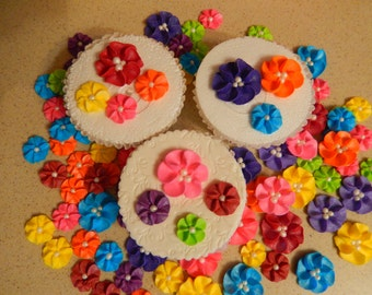 """85 - Tropical Royal Icing Drop Flowers assorted sizes 1/2"""" - 1"""" for Cakes, cupcakes, cookies, cakepops"""