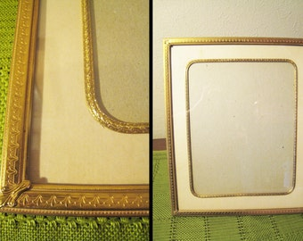 Art Deco 8 x 10 Gold Plated Metal Picture Frame with Tin Metal Trimmed Mat - Hollywood Regency / Shabby Chic / Paris Apartment Desk Frame
