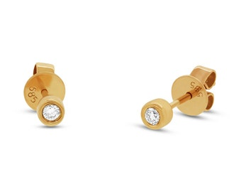 14k Yellow Gold .07 Stud Earrings