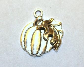 5 Antique Silver Pumpkin Charms/Pendants