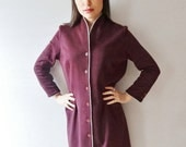 50% OFF LIQUIDATION SALE deep maroon burgundy buttoned 50's style fitted vintage retro dress - medium - large